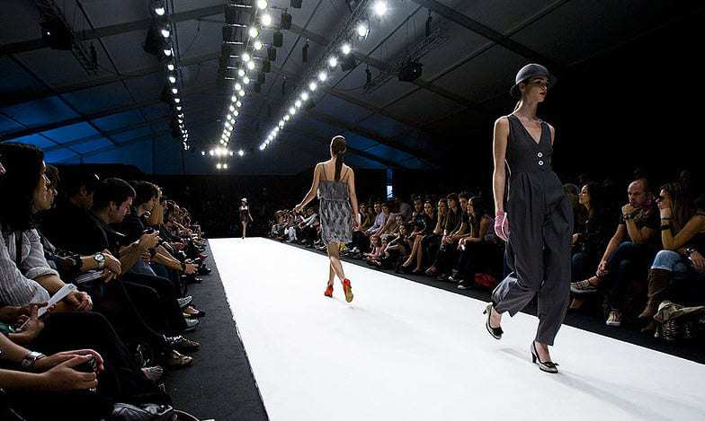 Virtual Fashion Shows wearable technology