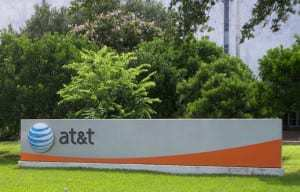 AT&T provides small and medium companies with mobile multimedia marketing solution