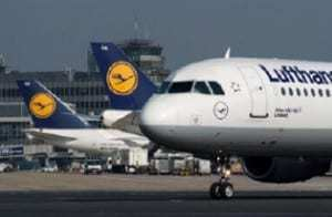 Lufthansa adopts QR codes as the insignia for its fleet of planes