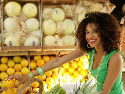 qr codes on fruit produce