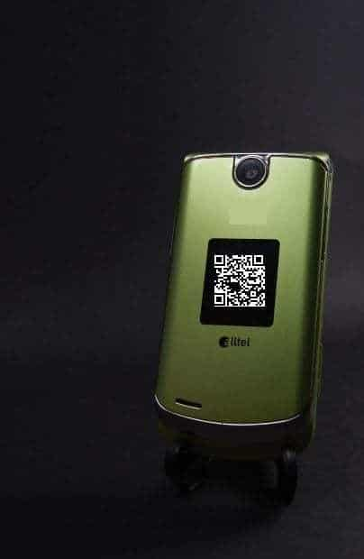 m-commerce QR code mobile phone