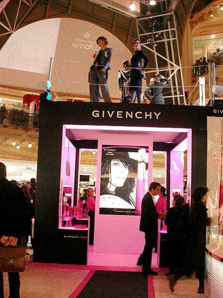givenchy mobile commerce app