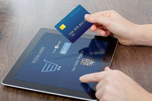 qr code transactions mobile payments wallet tablet