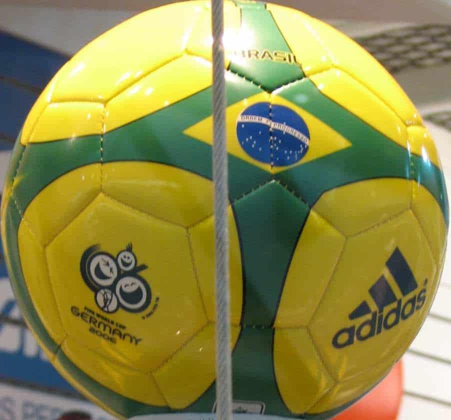brazil 2014 world cup social media marketing