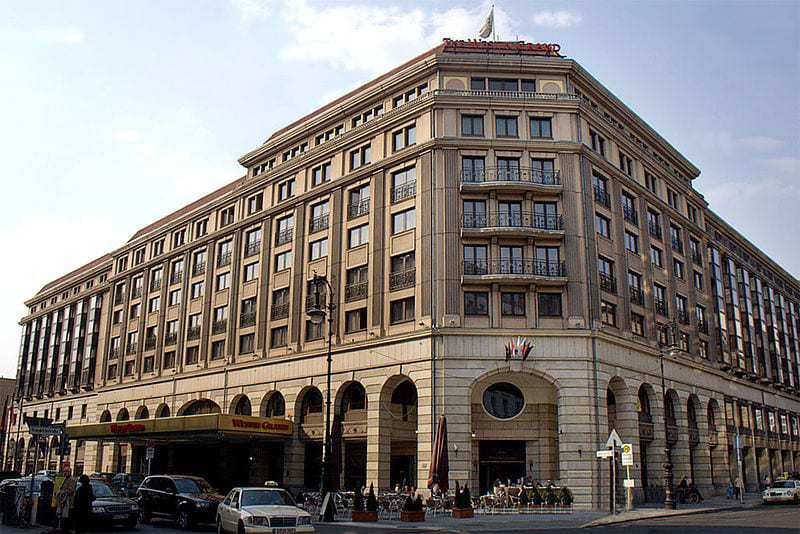 Westin Grand Hotel Berlin Wearables