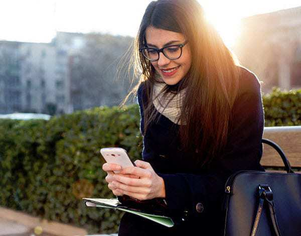 Women mobile payments texting trends