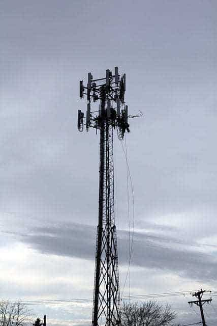 cell tower mobile phone tracking