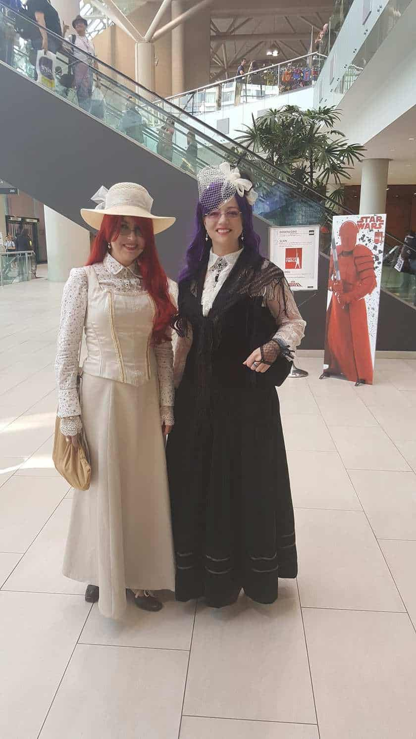 Megan Wynters & Irys Godeleva Cosplay - Star Wars augmented reality - Toronto Fan Expo Canada 2017