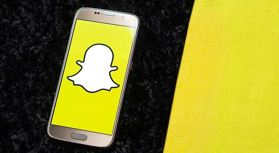 Snapchat in-app mobile payments sevice Snapcash to shut down - Snapchat on mobile
