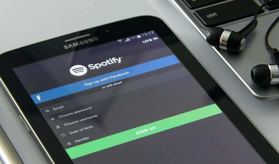 music streaming service - Spotify on Samsung phone