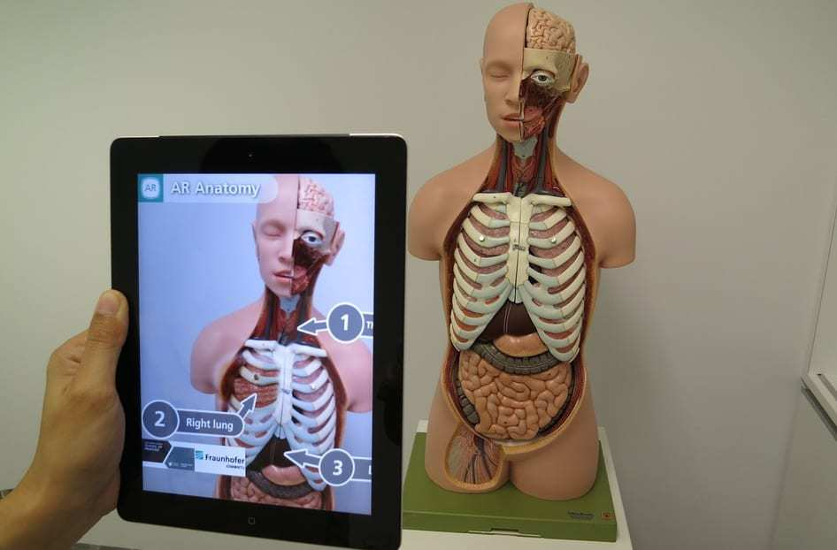 AR health care - Medical augmented reality - tablet