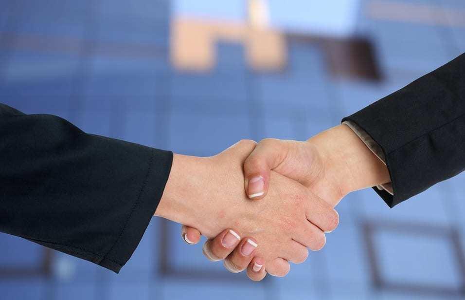 QR code mobile payments - Handshake Deal
