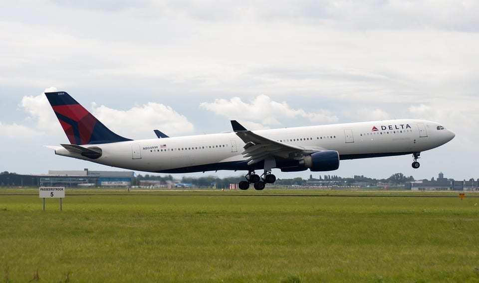 Delta facial recognition technology - Delta Air Lines Plane