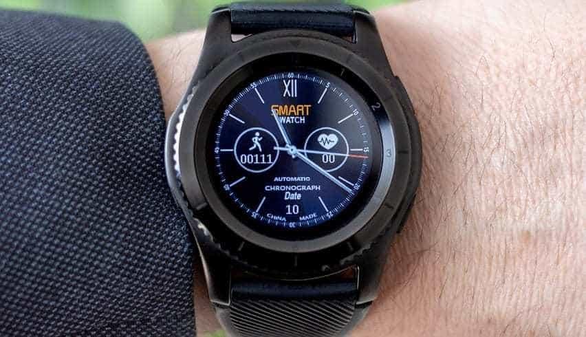 Smartwatch Technology - Smartwatch