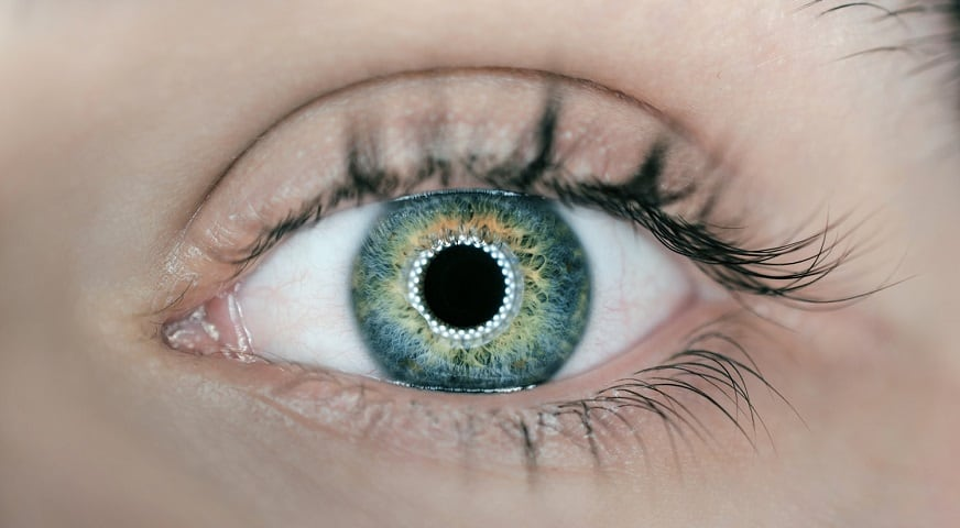 Responsive contact lenses - human eye