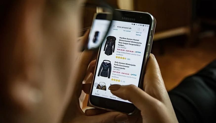 Black Friday sales on smartphones - Shopping on phone