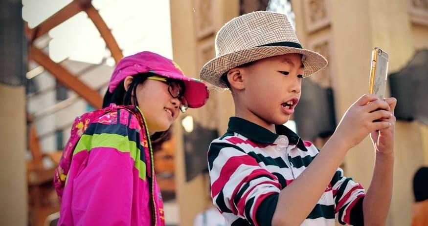 iPhone Parental Controls - Children using iPhone