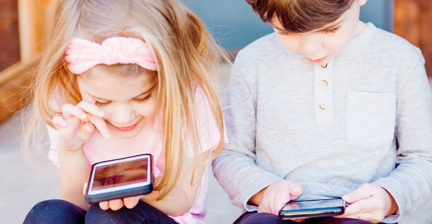 Mobile phone habits - Children with smartphones