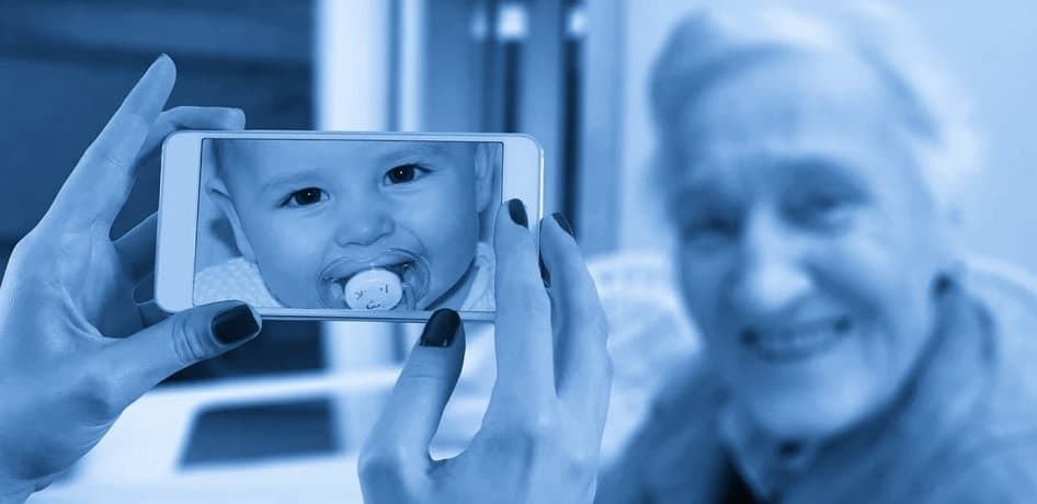 Blue light damages skin - smartphone picture - baby - old woman