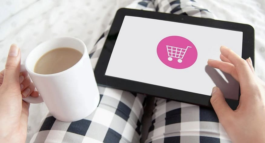 Mobile shopping apps - shopping online - tablet