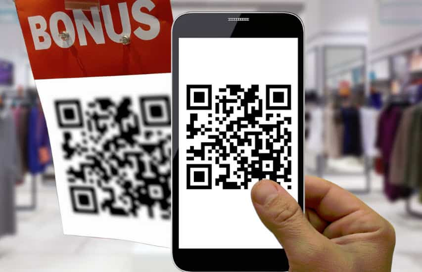 qr codes used in retail store with bonus