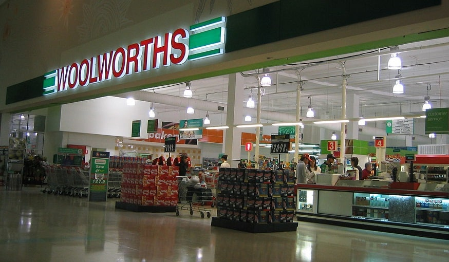 QR Code contact tracing - Woolworths supermarket
