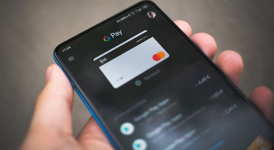 Google Pay in India - person using Google Pay