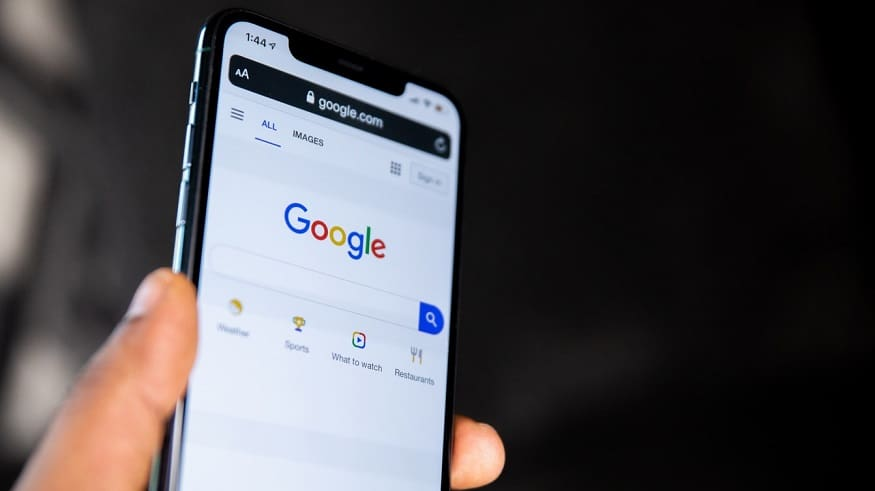 Google Shopping - Google search on mobile phone