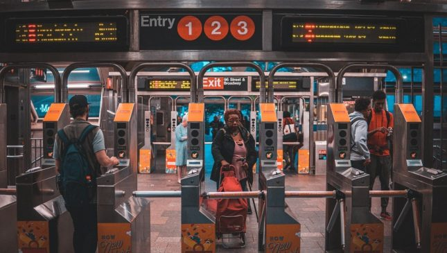 Apple Pay Mobile Payments - New York Subway