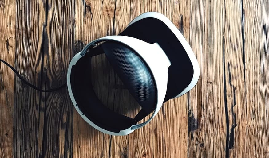 PS5 VR - Image of PlayStation VR headset