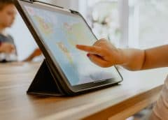 Mobile technology device assists with communication for nonverbal kids on the spectrum