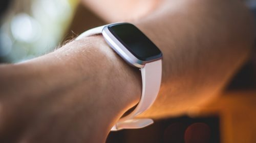 Facebook smartwatch - person wearing smartwatch