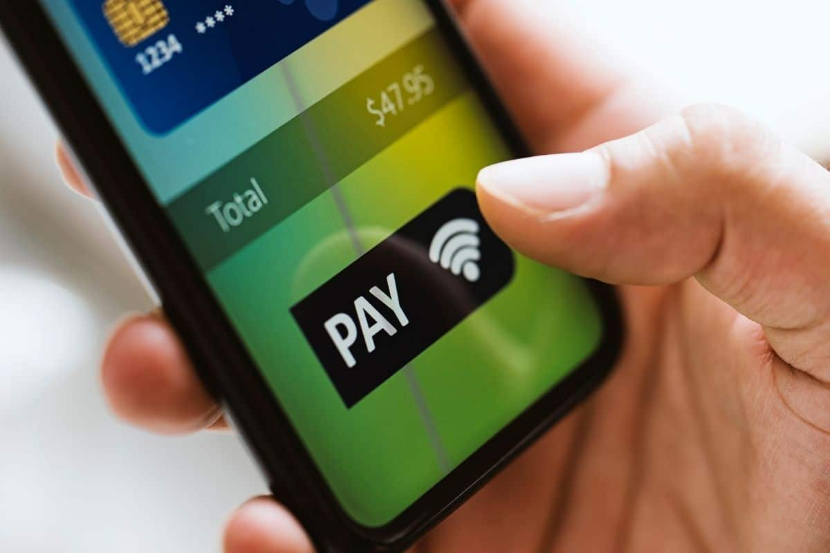 Mobile payments service - Paying via mobile